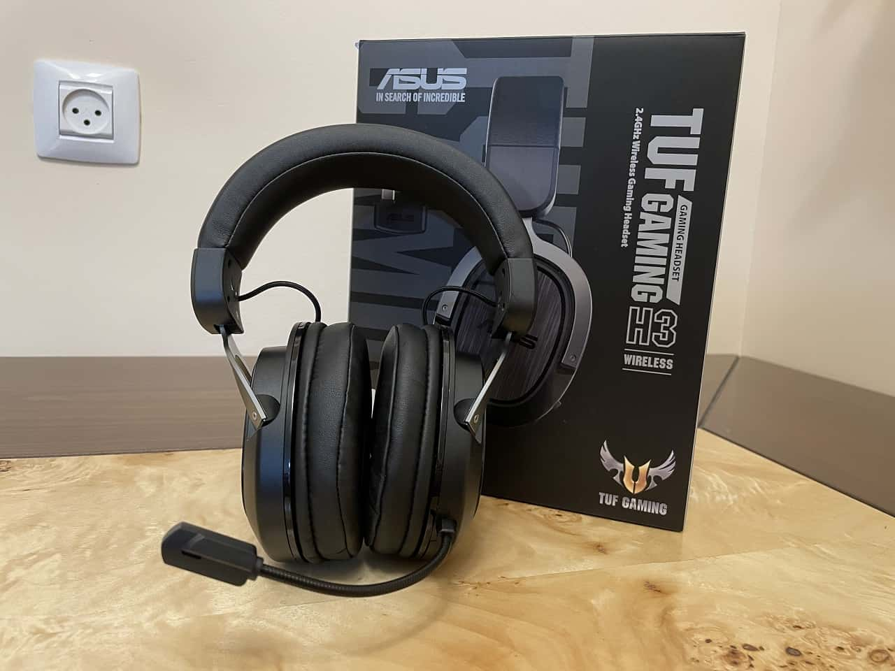 ASUS TUF H3 wireless review design