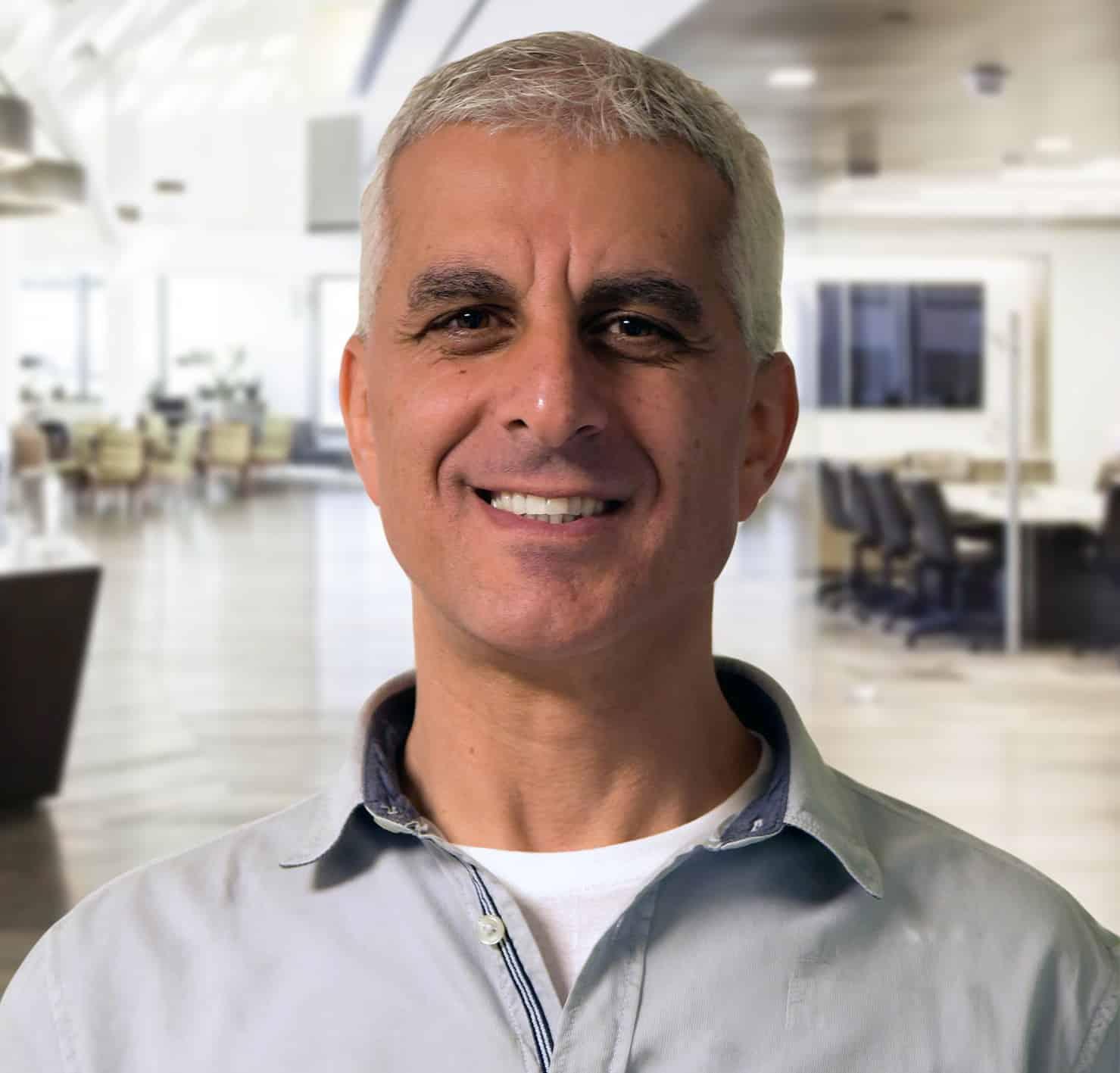 דניאל בן עטר מנכל משותף של כל מפעלי הייצור של אינטל